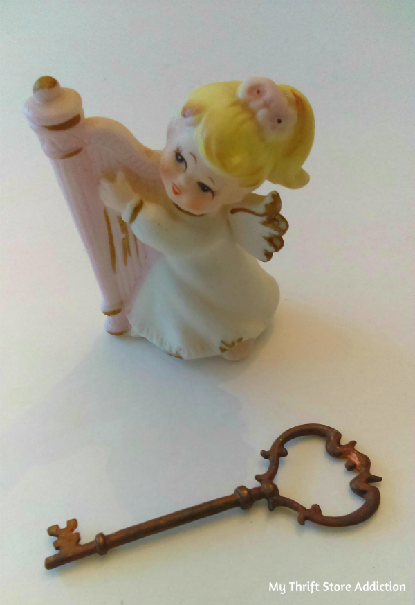 Vintage angel collectible