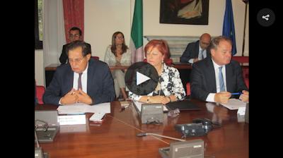 http://palermo.blogsicilia.it/la-mafia-dei-campi-e-il-nuovo-business-di-cosa-nostra-firmato-protocollo-di-legalita/356777/