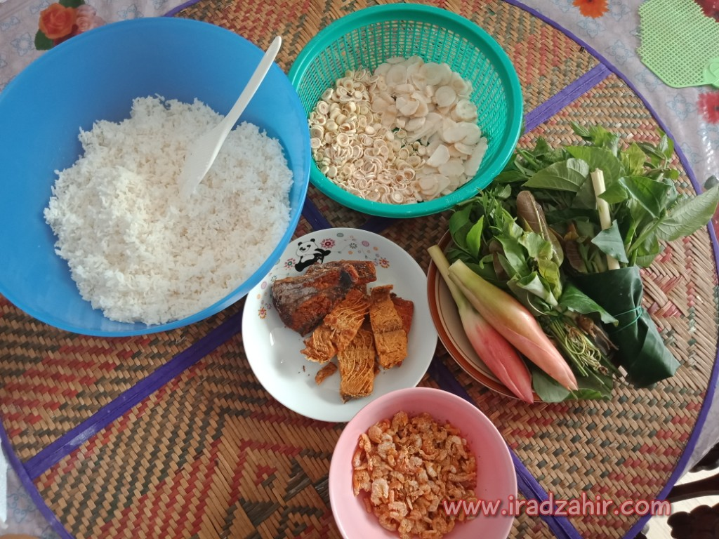 Resepi Nasi Ulam Utara Dan Sayur Keladi Yang Sedap Dan Mudah