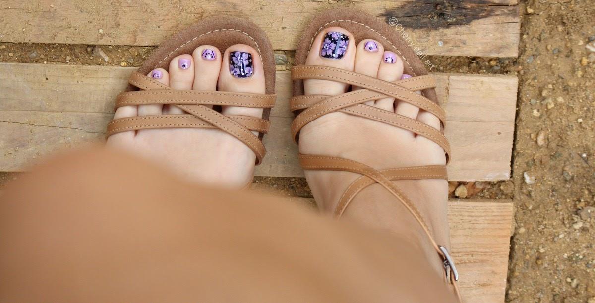 nail-art-fleurs-pieds-vernis