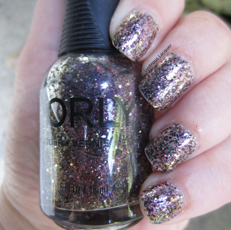 Gold-Purple-Glitter-nail-polish