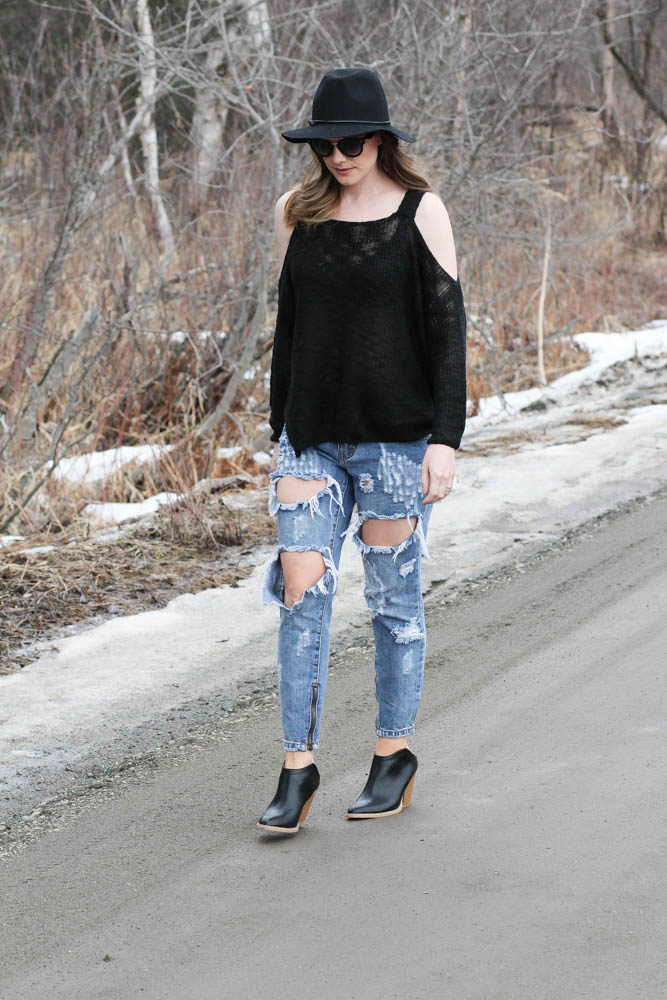 shoulder cut out sweater outfits