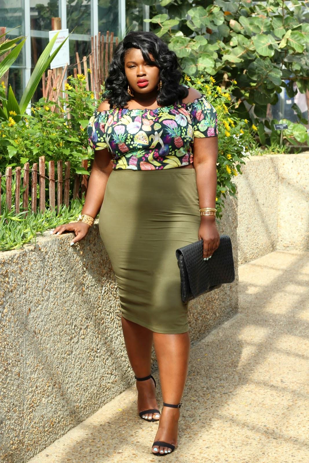 Tropical Print Top & Green Midi Skirt + A Gwynnie Bee ...