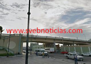 Tras robo de nomina trabajadores bloquean puente Morelos en el Puerto de Veracruz