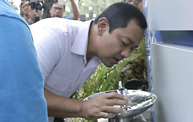 Kran Air Siap Minum di Taman Indonesia dan Simpang Lima