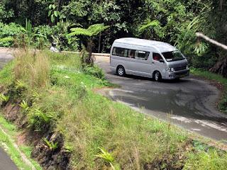 Bus Pariwisata Pekanbaru 175