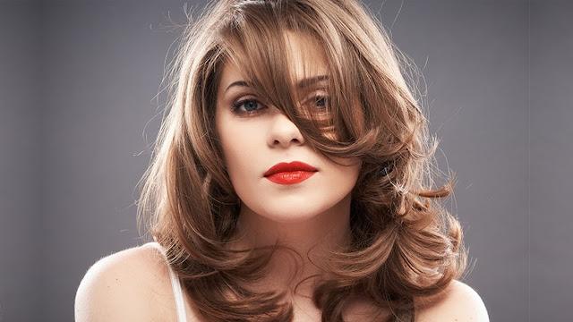 3 أشياء تُسرع من نمو الشعر بشكل طبيعي