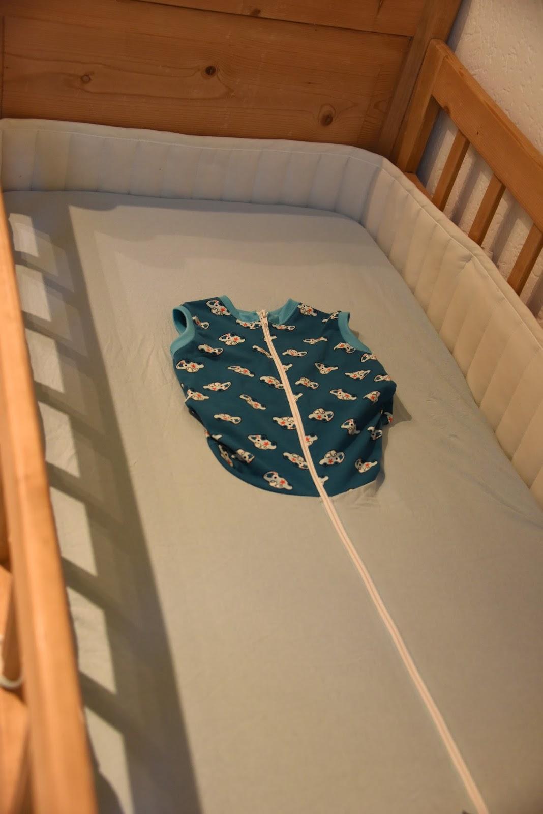 hand sicherheitsdecke selber machen. Black Bedroom Furniture Sets. Home Design Ideas