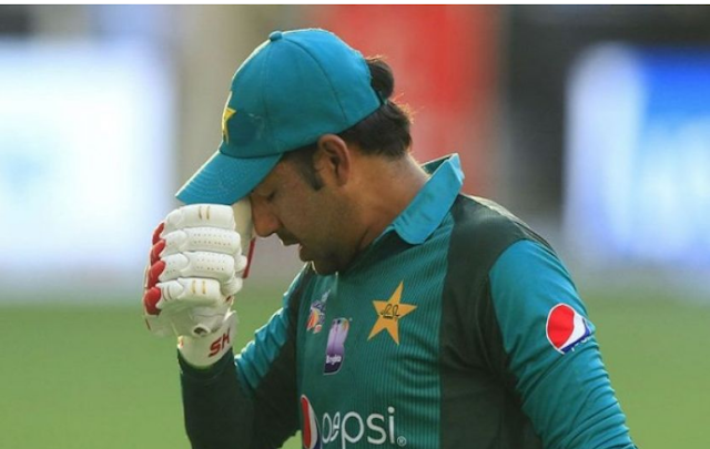 Captain Sarfraz Ahmed banned 4 matches on the off-handed sentences