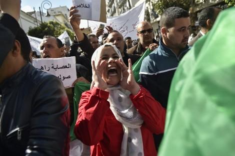 """المقاطعة تقلق """"قصر المرادية"""" قبيل الانتخابات الرئاسية الجزائرية"""