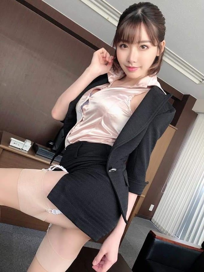 Cute secretary in boss room [4pics]