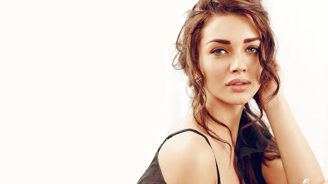 Actress Amy Jackson HD Wallpapers