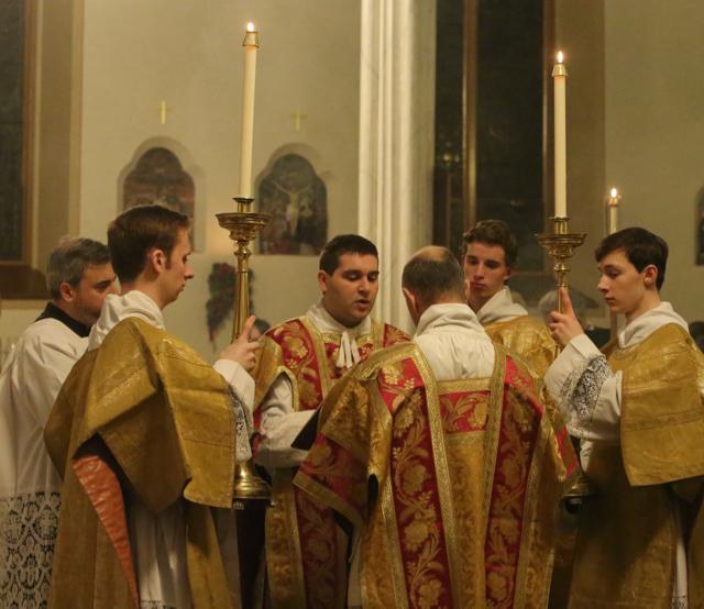 catholic confession times - 640×554