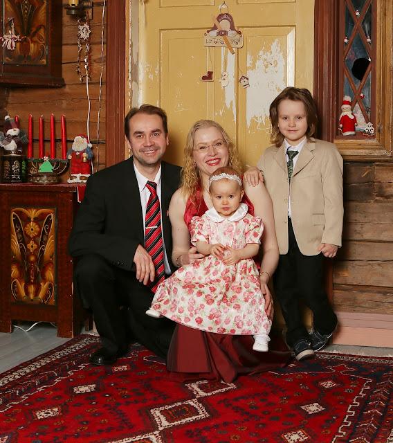 värikäs koti Koikkelan perhe