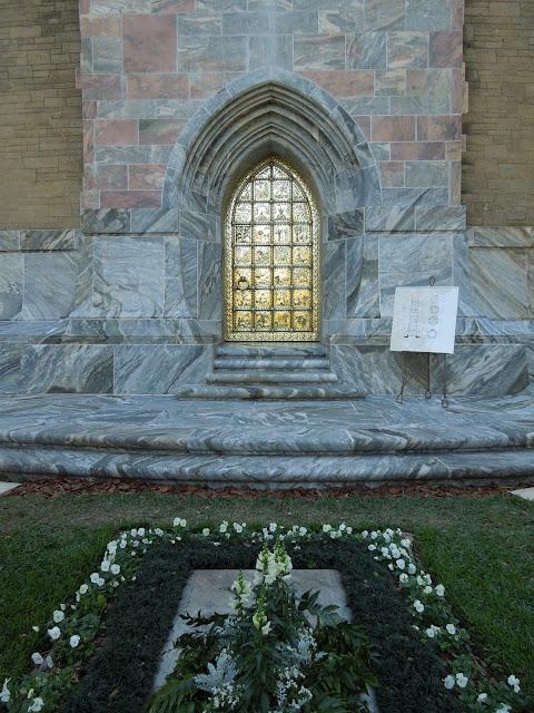 Edward Bok grave site