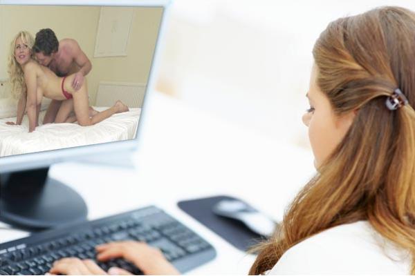 Mujeres viendo porno