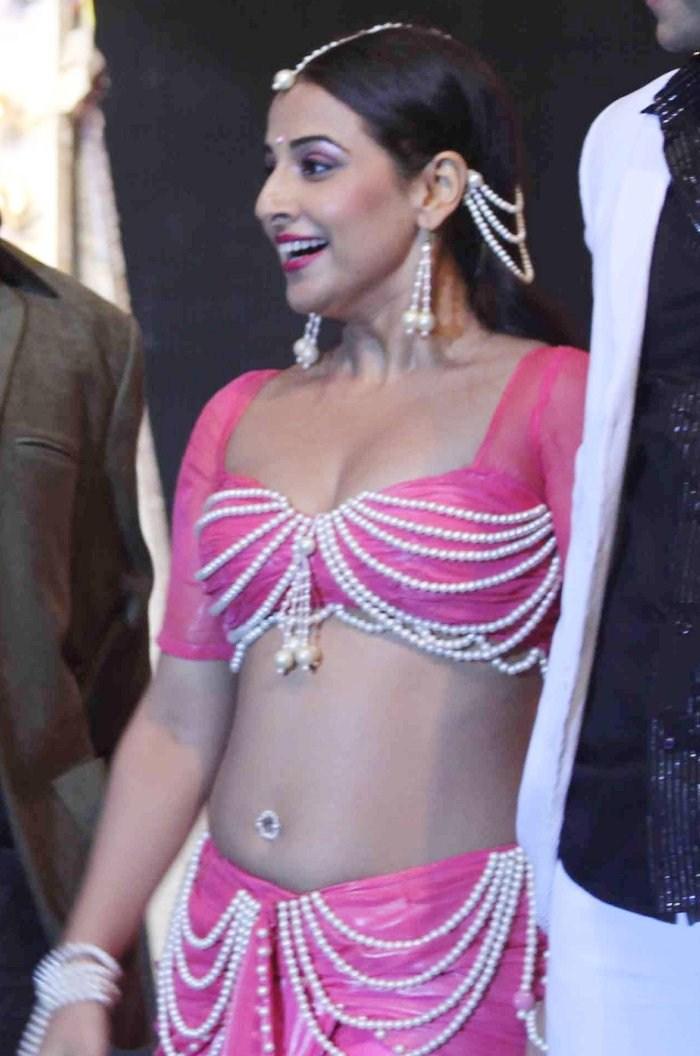 Vidya Balan Hot Stills At Dirty Picture Audio Launch -1807