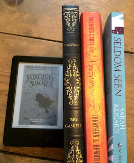 September Favourites - Reading, Writing, Booking