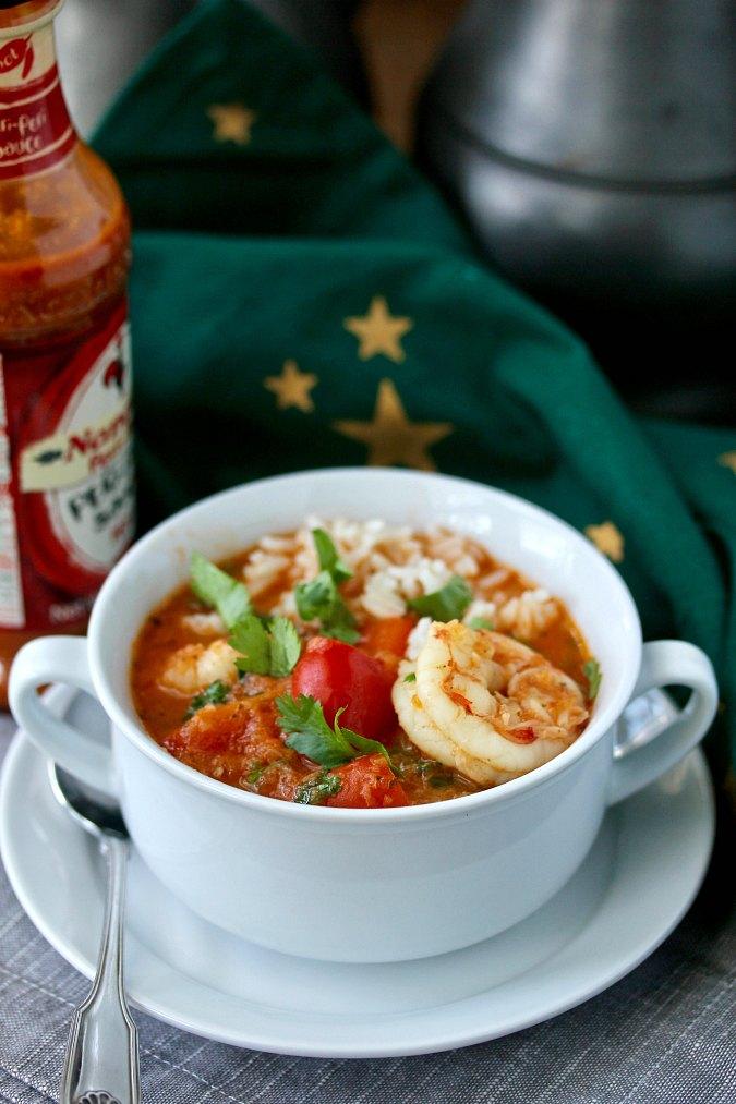 Brazilian Shrimp and Fish Stew (Moqueca)