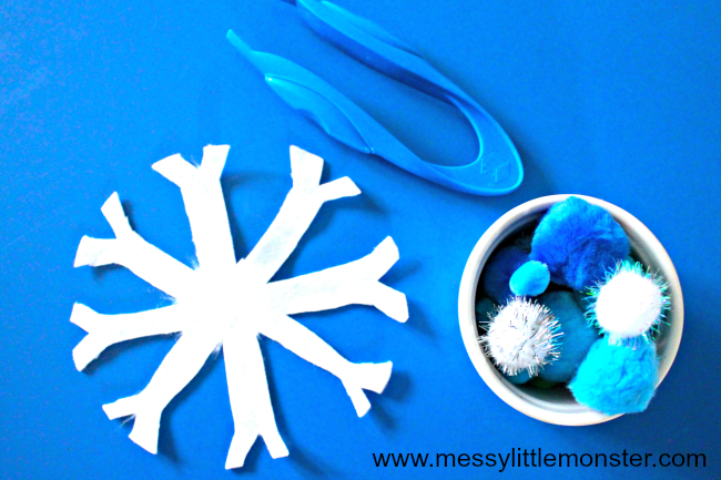 Christmas themed fine motor skills activity ideas. Pre-writing activities for toddlers and preschoolers. A great addition to a Christmas or Winter themed project for young kids.