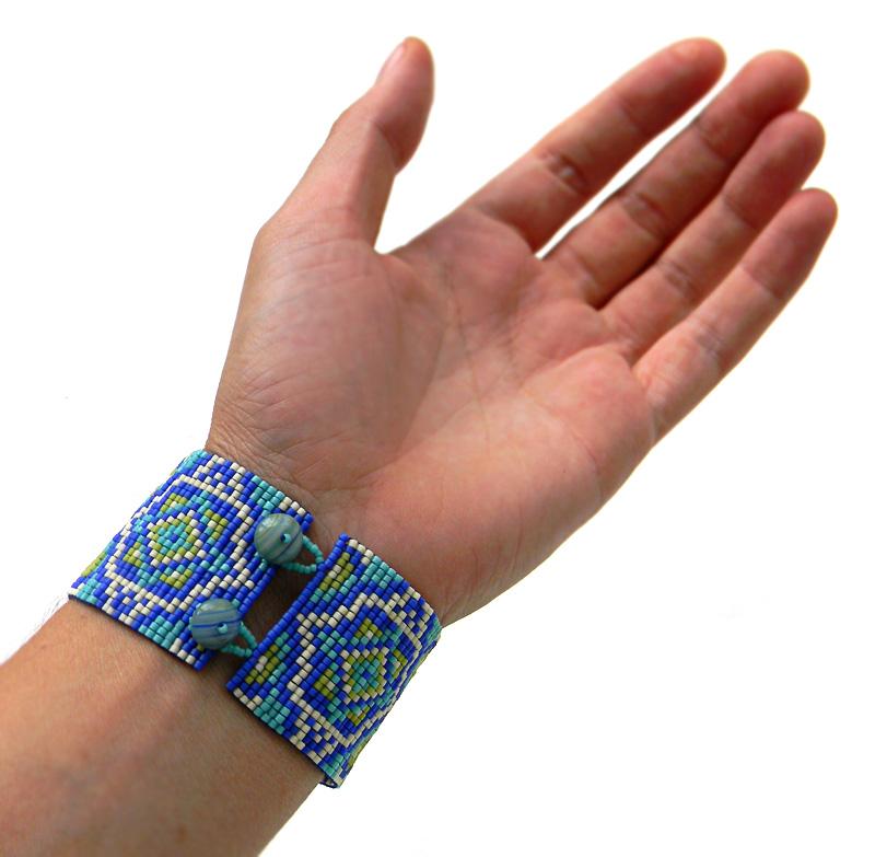 loom beading bracelet beadweaving beadwork jewelry