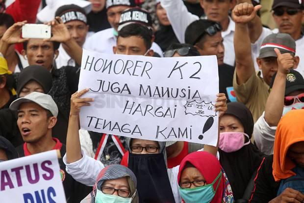 Kasus 6 Honorer Banten Dipecat: Selalu Dilupakan, Saat Pilpres Disuruh Netral