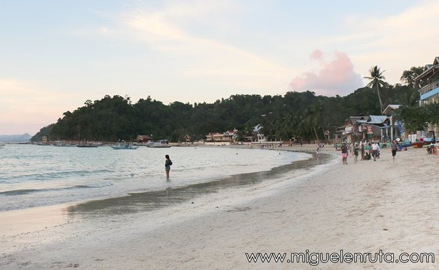 El-Nido-Beach-Palawan-Filipinas