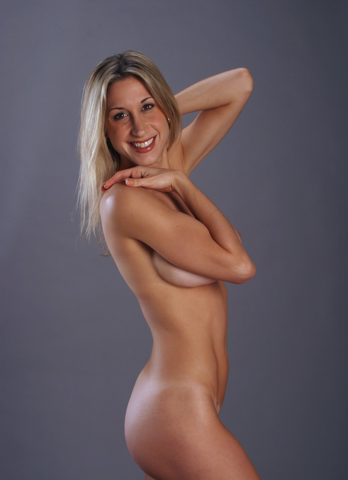 Naked News Photos