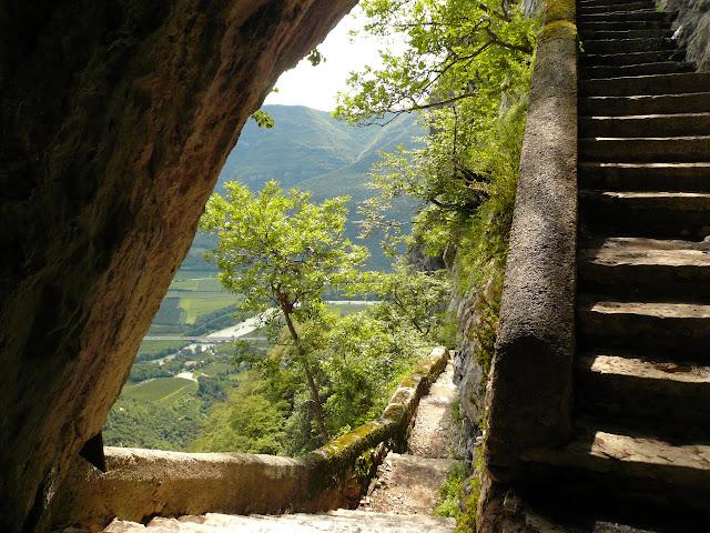 scale-sentiero-pellegrino-santuario-corona