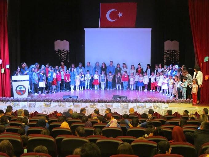 Turhal'da Kitap Tokat Projesi kapsamında ödül töreni gerçekleştirildi.