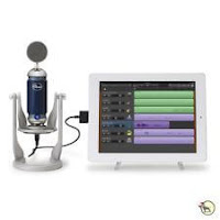 Blue Microphones Spark Digital Microphone for Studio Podcast USB / Lightning