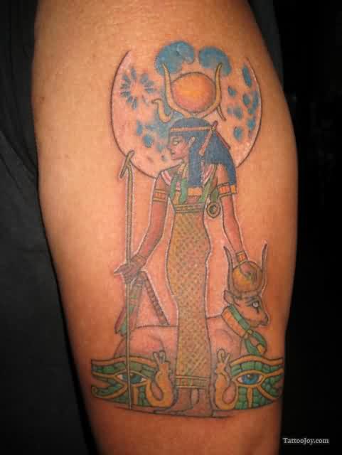 Egipcio Senhora Tatuagem No Biceps