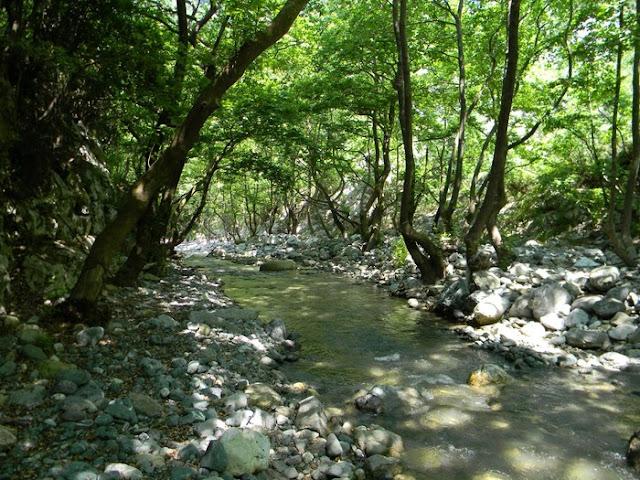 Εξόρμηση από τη Βουνοπαρέα Αργολίδας στην Εύβοια και στο καταπληκτικό φαράγγι των Στροπώνων