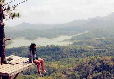 Obyek Wisata Menarik di Kulon Progo Yogyakarta 12 Obyek Wisata Menarik di Kulon Progo Yogyakarta