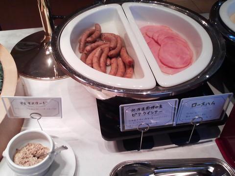 ビュッフェコーナー:ウインナー・ハム オーセントホテル小樽カサブランカ