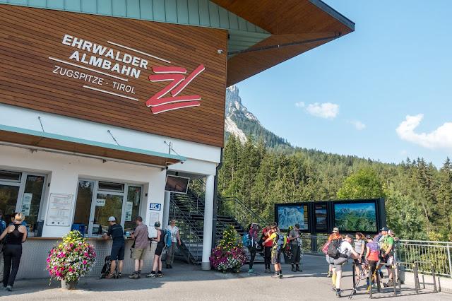 Übers Gatterl auf die Zugspitze  Alpentestival Garmisch-Partenkirchen   Gatterl-Tour auf die Zugspitze über ehrwalder Alm und Knorrhütte 04