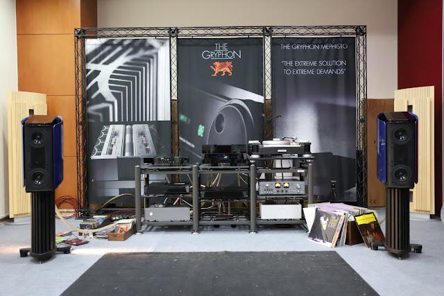Dạo một vòng triển lãm AV Show 2017: nhiều thiết bị âm thanh cao cấp xuất hiện