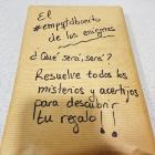 http://unhogarparamiscositas.blogspot.com/2018/11/empaquetado-bonito-con-enigmas.html