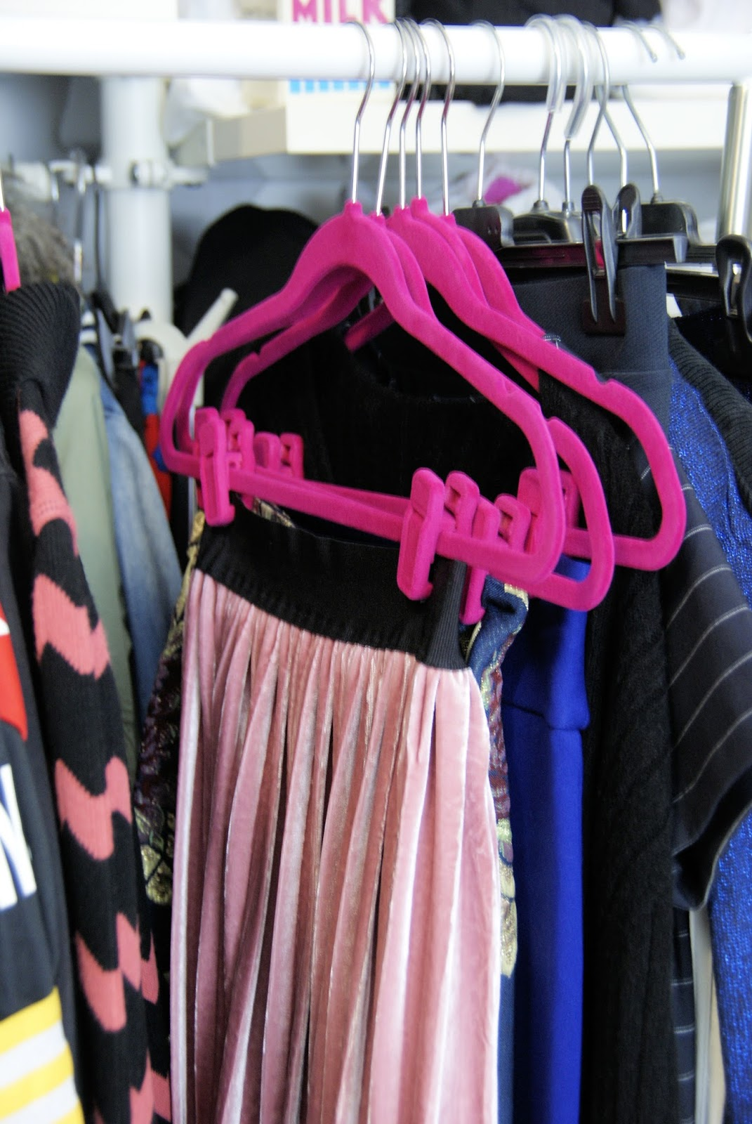 Clever Hangers per gonne by HSE24: la soluzione ai miei problemi di armadio su Fashion and Cookies fashion blog