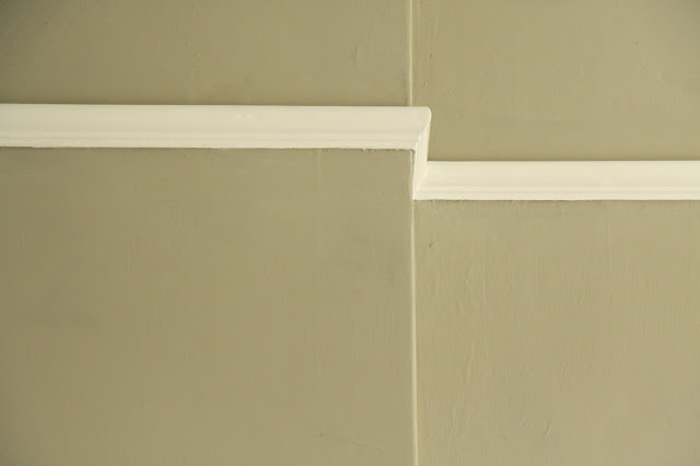 Dulux Trade White and Dulux Dusted Moss 1
