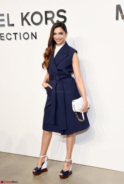 Deepika Padukone Gorgeous Debut at New York Fashion Week for Michael Kors show (6).jpg