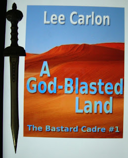Portada del libro A God-Blasted Land, de Lee Carlton