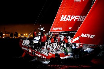 Volvo Ocean Race : Mapfre arrive à Itajai