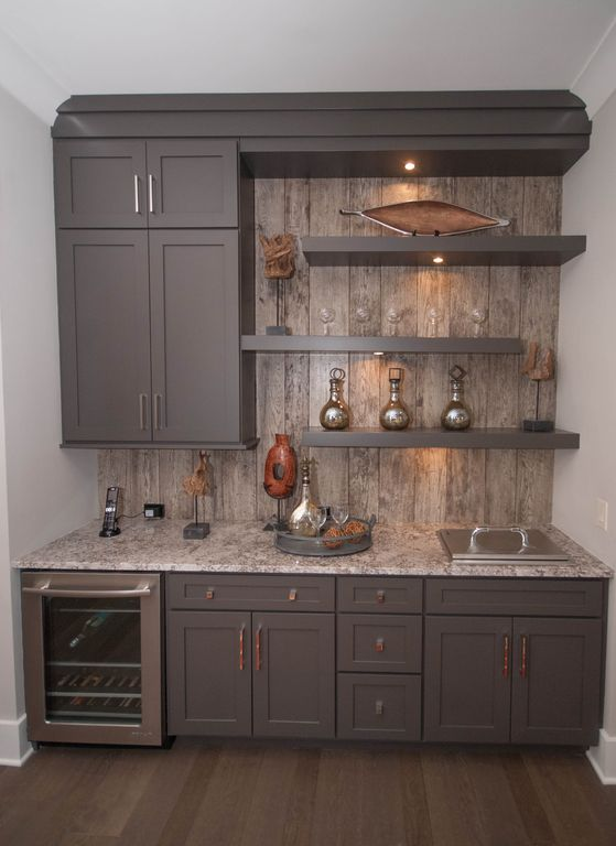 Changes to the basement kitchenette from thrifty decor chick for Kitchen cabinet trends 2018 combined with film wall art