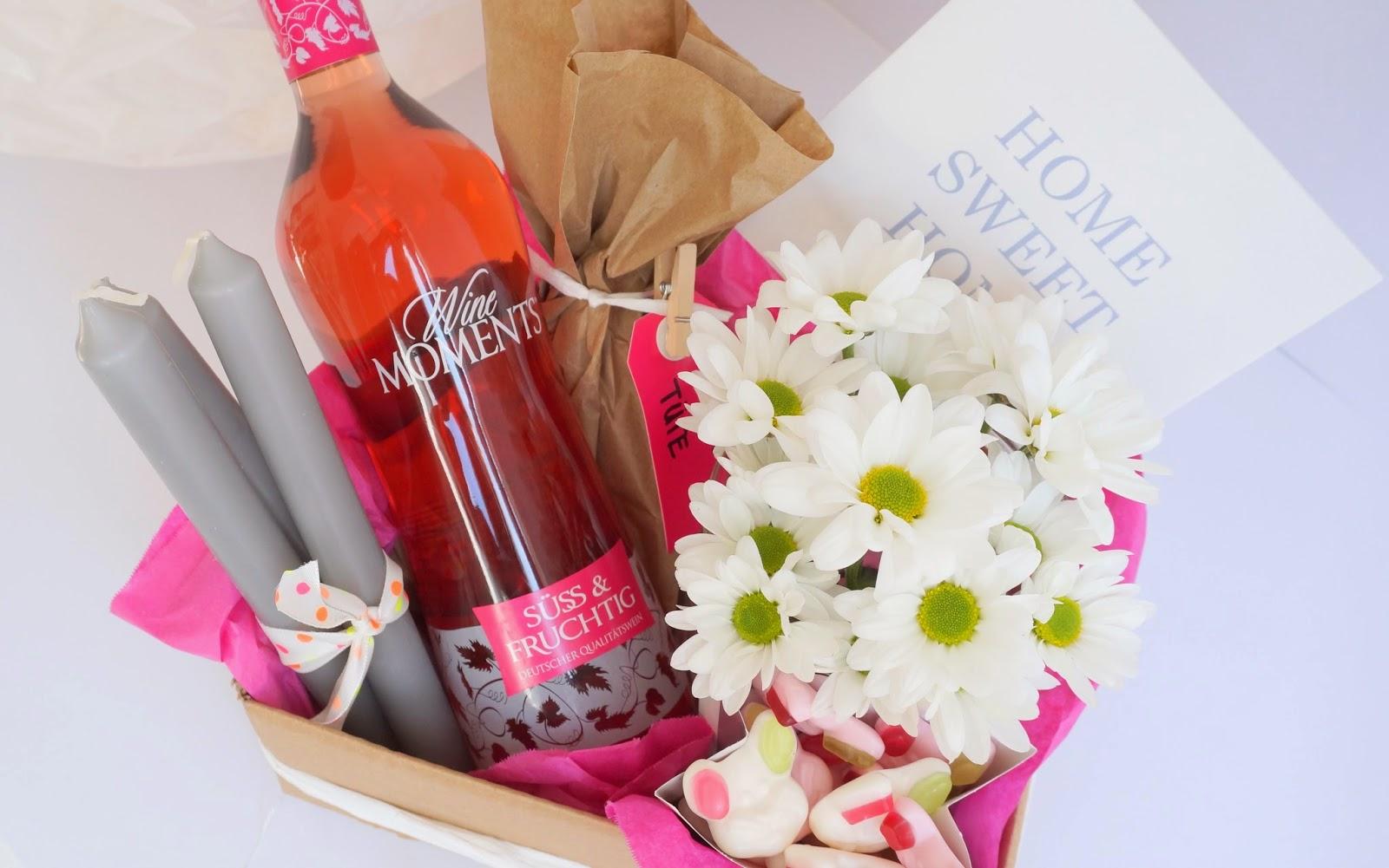 Eine kiste home sweet home diy victoria 39 s little secrets for Traditionelles einweihungsgeschenk haus