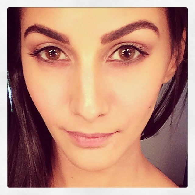 if looks could kill , ;) .... mr x , bollywood ,, Kollywood Actress Amyra Dastur Selfie Pics from Twitter, Instagram