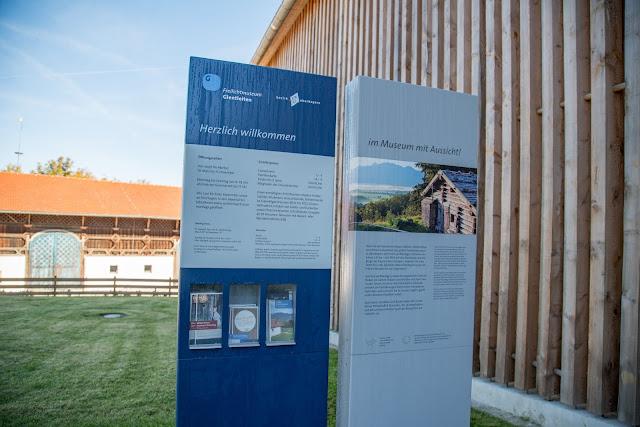 Rundweg Ohlstadt - Kreut-Alm  Freilichtmuseum Glentleiten Schwaiganger  Wandern im Blauen Land 11