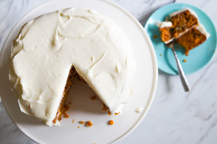 favorite carrot cake with cream cheese frosting | bakeat350.net
