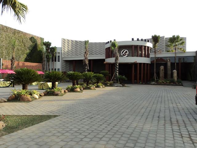 Jasa Pembuatan Taman Kantor Jakarta