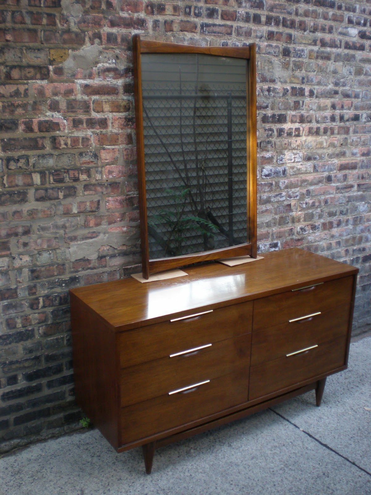 Mid Century Chicago Quot The Tableau Quot Kent Coffey 6 Drawer